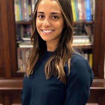 Dr Dina Kirollos Photo