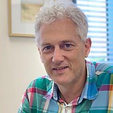 Dr Peter Carey Photo