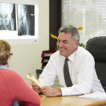 Mr Michael Anderson Orthopaedic Surgeon