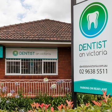 Dentist on Victoria