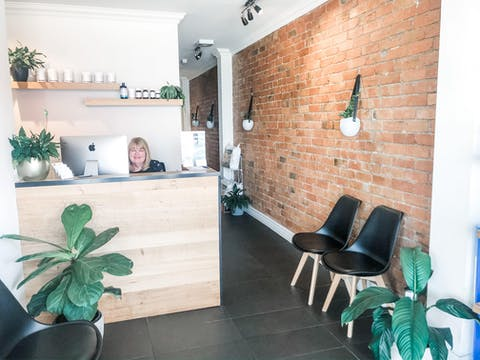 Waverley Road Chiropractic & Wellness Front Reception